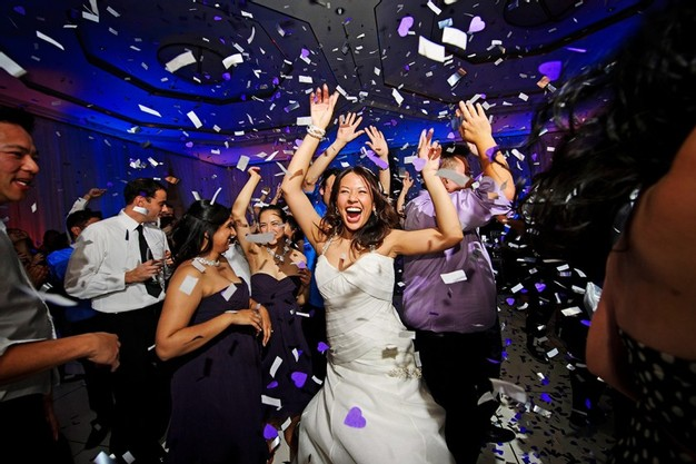 9 Ways to Keep Your Guests Dancing at Your Wedding